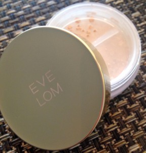Eve Lom Natural Radiance Mineral Powder Foundation Review